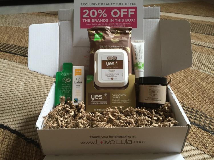 LoveLula Beauty Box October 2015