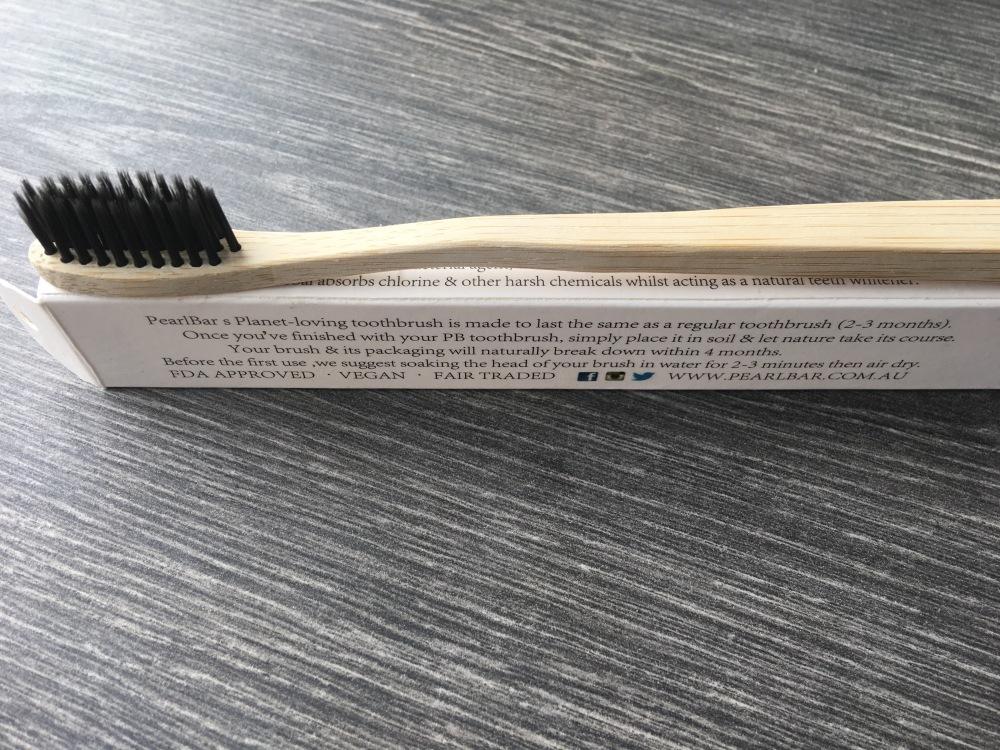 PearlBar Planet Loving toothbrush - Adult - Medium
