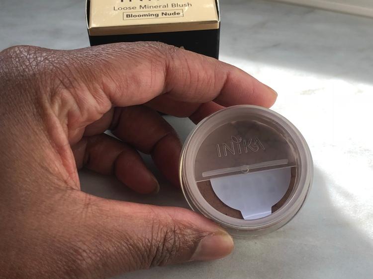 Inika loose mineral blush - blooming nude