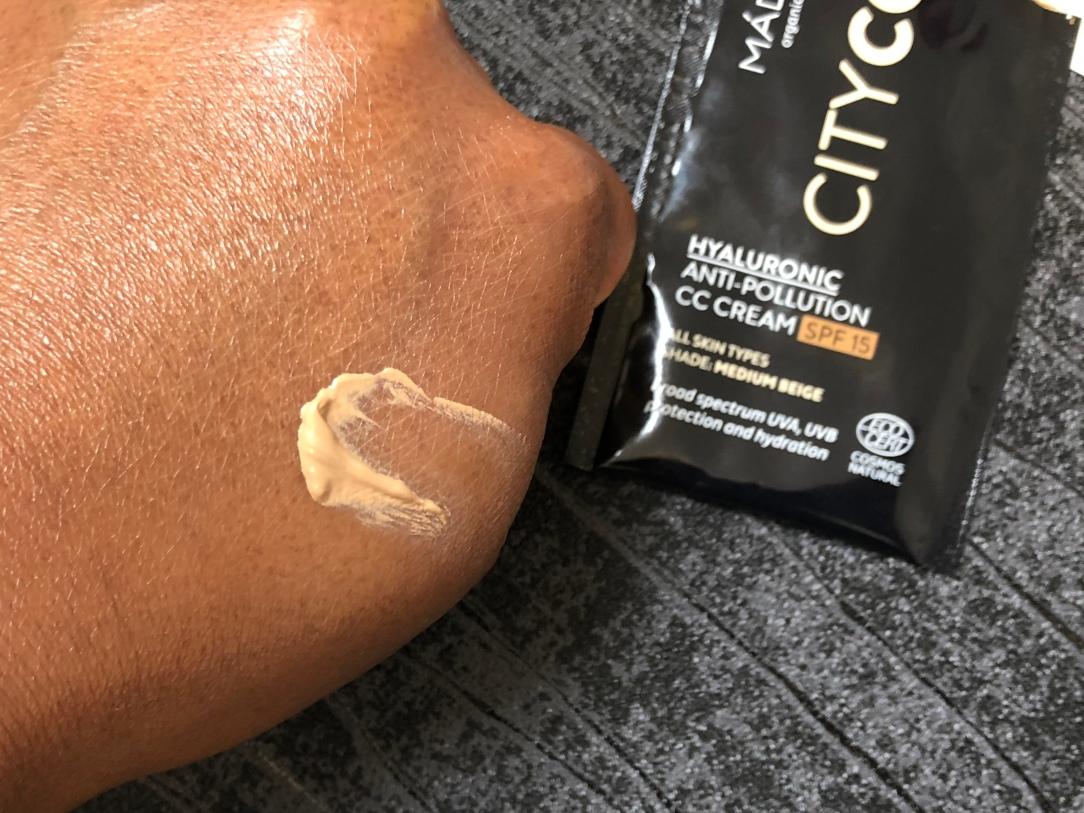 Mádara Hyaluronic Anti-Pollution CC Cream SPF15 Medium Beige